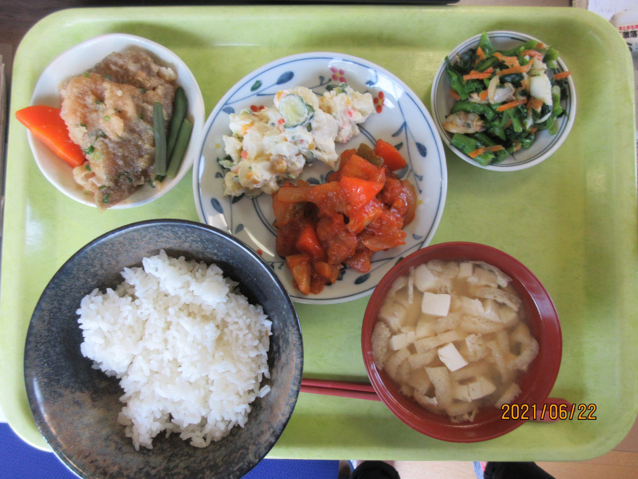 酢豚とカレイのおろし煮どっちが好きですか?
